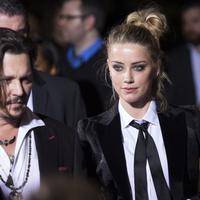 Hal itu dikarenakan Johnny Depp terlambat hadir di ulang tahun ke-30 yang dilaksanakan tahun 2016 lalu. (VALERIE MACON / AFP)