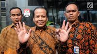 Wakil Ketua DPR Bidang Keuangan Taufik Kurniawan usai menjalani periksaan di Gedung KPK, Jakarta, Rabu (5/9). Taufik diperiksa untuk penyidikan proses pembahasan anggaran di DPR. (Merdegka.com/Dwi Narwoko)