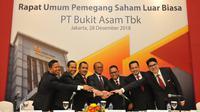 PT Bukit Asam Tbk (PTBA) menggelar Rapat Umum Pemegang Saham Luar Biasa (RUPSLB) pada Jumat (28/12) di Jakarta.