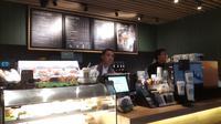 Gerai ke-400 Starbucks di Stasiun MRT Bundaran HI, Jakarta Pusat (dok. Liputan6/Fairuz Fildzah)