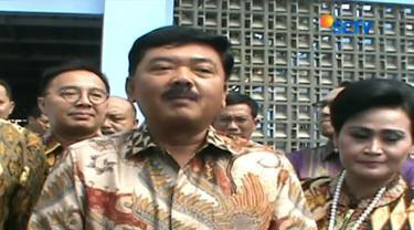 Kamis (7/12) Komisi I DPR RI kunjungi rumah Calon Panglima TNI, Marsekal Hadi Tjahjanto di Kompleks Lanud Halim Perdanakusuma, Jakarta Timur