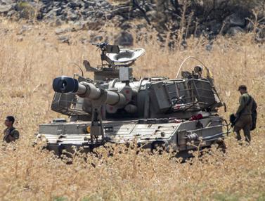 FOTO: Ketegangan Meningkat, Militer Israel Bergerak ke Perbatasan Lebanon