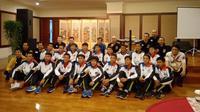 Para pemain Vamos Indonesia mendapat dukungan mental dari Dewan Kehormatan PSSI, Agum Gumelar, Jumat (2/8/2019), menjelang keberangkatan ke Spanyol. (Istimewa)