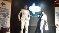Mirwan Suwarso, perwakilan Mola TV dan Eva Celia. (Liputan6.com/Cakrayuri Nuralam)