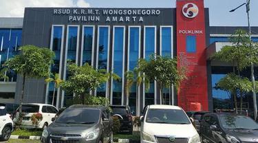 Rumah Sakit Wongsonegoro (RSWN) di Kota Semarang, hingga Minggu (6/6/2021) masih merawat sebanyak 29 pasien Covid-19 asal Kabuapten Kudus. (Foto: Liputan6.com/Felek Wahyu)