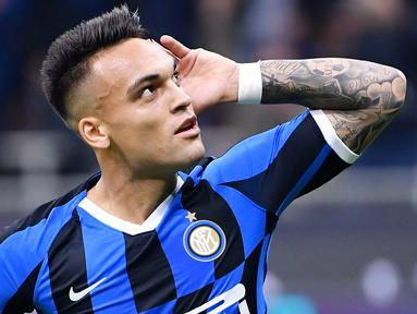 Striker Inter Milan, Lautaro Martinez, saat ini sedang menjadi sorotan dan buruan klub-klub besar Eropa. (AFP/Alberto Pizzoli)