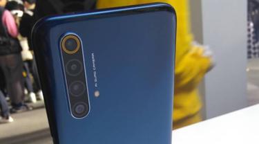 Realme X50 5G. Liputan6.com/Diyah Naelufar