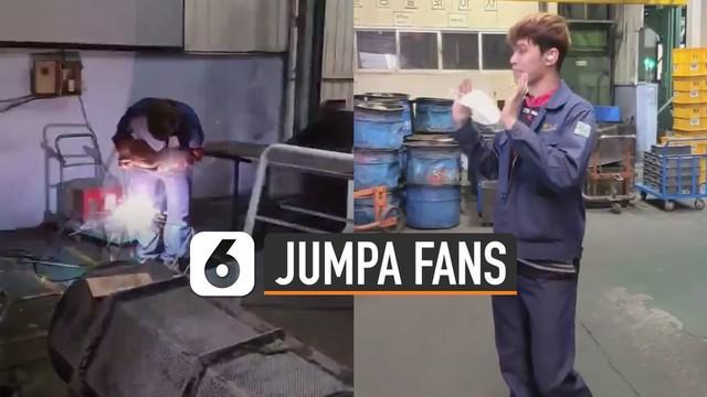 Ada-ada saja aksi kocak pria ini berlagak seperti oppa korea sedang jumpa fans padahal endingnya bikin ngakak.