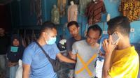 Oknum polisi di Bima, NTB ditangkap lantaran diduga mengedarkan ganja. (Foto: Liputan6.com/M Yani)