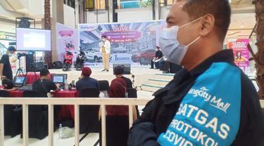 Pengundian hadiah di atrium utama Tangcity Mall, Kota Tangerang.