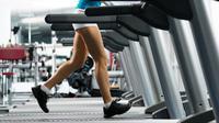 Treadmill yang dapat digunakan untuk berjalan cepat, jogging, dan berlari, sangat bermanfaat untuk para wanita.