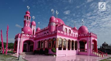 Masjid Dimaukom di Filipina Selatan menarik perhatian warga Muslim di seluruh dunia untuk selenggarakan wisata religi.