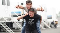 Marc, anak pertama yang lahir pada tahun 1993 in memiliki adik laki-lak yang sama-sama jadi pembalap motor. Alex Marquez, pembalap muda kelahiran 1996 ini memulai karier profesionalnya pada tahun 2012 dan jadi juara dunia Moto3 pada periode 2014. (Liputan6.com/IG/@marcmarquez9)