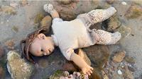 Sang Anak Ambil Boneka di Pantai, Keluarga Wanita Ini Diikuti Makhluk Halus (Sumber: mStar)