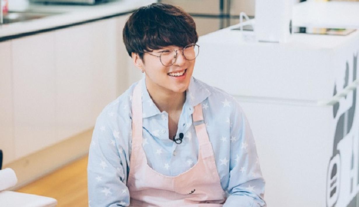 Tidak hanya punya banyak penggemar saja, kehidupan seorang idol juga tak luput dari serbuan para hatersnya. Begitu juga dengan Kang Seung Yoon WINNER. (Foto: Soompi.com)