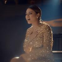 Comeback di dunia musik, Aurel Hermansyah rilis lagu berjudul Kepastian.
