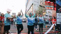 Tri Rismaharini menghadiri acara Surabaya Marathon 2019 (Sumber: Instagram/surabaya)