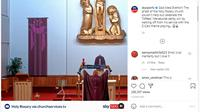 Seorang Pastor turut merayakan kemenangan Everton atas Liverpool saat memberikan layanan di Gereja Holy Rosary. (dok. Instagram/Sky Sports)