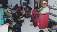 KH Hizbullah Huda atau Gus Huda, menyulap kawasan prostitusi jadi kompleks pondok pesantren, di Majenang, Cilacap, Jawa Tengah. (Foto: Liputan6.com/Imam Hamidi untuk Muhamad Ridlo)