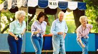 Para lansia yang aktif dalam kelas menari bailamos, tubuhnya lebih bugar dan sehat.