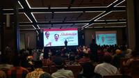 Jokowi saat bersilaturahmi dengan sejumlah ulama di Hotel The Rinra, Makassar, Sulawesi Selatan. (Liputan6.com/Hanz Jimenez Salim)