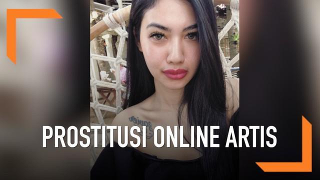Pedangdut Della Perez dipanggil polisi sebagai saksi dalam kasus prostitusi online artis.