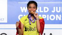 Gregoria Mariska Tunjung meraih medali emas tunggal putri Kejuaraan Dunia Junior Bulu Tangkis 2017 di GOR Among Rogo, Yogyakarta, Minggu (22/10/2017). (Humas PP PBSI)