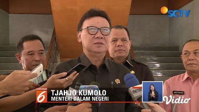Perseteruan antara Wali Kota Tangerang dan Menkumham masih memanas terkait sengketa lahan. Mendagri Tjahjo Kumolo turun tangan untuk melakukan mediasi terhadap keduanya.