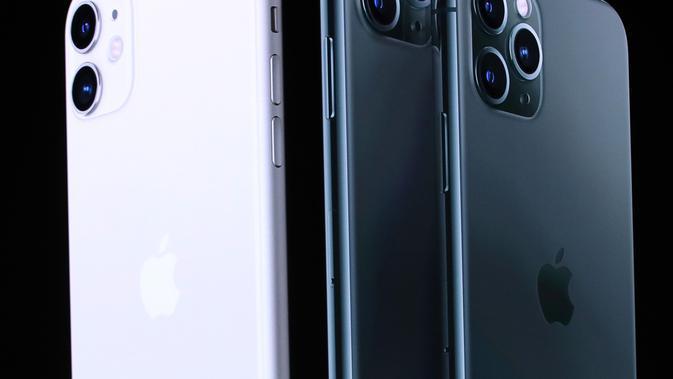 Vice President of Worldwide Marketing Apple Phil Schiller saat peluncuran iPhone 11 Pro di Cupertino, California, Amerika Serikat, Selasa (10/9/2019). Perbedaan paling mencolok dari iPhone 11, iPhone 11 Pro, dan iPhone 11 Max Pro adalah dari jumlah lensa kamera. (Justin Sullivan/Getty Images/AFP)