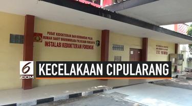 Empat jenazah korban kecelakaan di Tol Cipularang, Jawa Barat, berjenis kelamin perempuan. Hal itu diketahui usai empat jenazah itu dipindahkan ke Rumah Sakit Polri, Kramat Jati, Jakarta Timur dari RS Thamrin, Purwakarta, Jawa Barat.