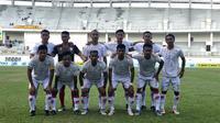 Skuat Persis saat menahan tuan rumah Mitra Kukar 0-0 di Stadion Aji Imbut, Tenggarong (22/6/2019). (Bola.com/Dok. Media officer Persis)