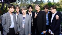 BTS kembali menjadi perbincangan hangat berkat penampilan mereka di Good Morning America untuk pertama kalinya di Central Park, NYC  pada Rabu (15/05/2019) (Liputan6.com/twitter/GMA)