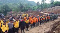 Hingga kini masih ada tiga korban di Purworejo yang belum ditemukan. Sedangkan di Kebumen satu orang. (Liputan6.com/Edhie Prayitno Ige)