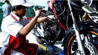 Astra Motor sebagai main dealer sepeda motor Honda menawarkan diskon servis dan suku cadang