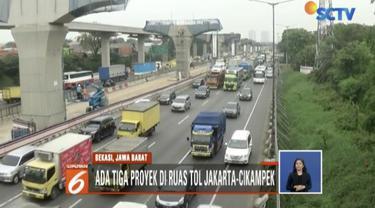 Pengendara juga diimbau mencari informasi terbaru lewat media sosial sebelum melintas di Tol Jakarta - Cikampek agar tak terjebak kemacetan panjang.