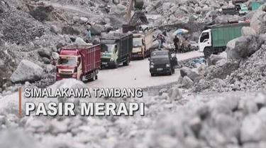 Tebing setinggi 30 meter tiba-tiba ambruk dan menimbun para penambang pasir yang sedang bekerja mencari butiran pasir lereng Gunung Merapi.