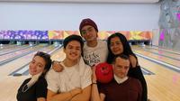 Momen Keluarga Megan Domani Main Bowling Bareng. (Sumber: Instagram.com/megandomani1410)