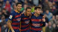 Trio striker Barcelona (dari kiri ke kanan): Luis Suarez, Lionel Messi, dan Neymar. (AFP/Lluis Gene)