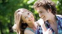 Ada cara sederhana untuk menjaga rasa sayang dan cinta tumbuh subur, tak lekang oleh waktu.