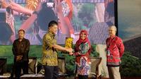 Ni Made Sumiarsih usai memberikan sambutan sambutan dalam acara 'Seminar Bendungan Besar 2018' di Mataram, NTB, Sabtu (26/5/2018).