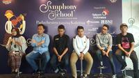 Anak-anak SMA Negeri 3 Padmanaba Yogyakarta sebelum tampil bersama Kahitna. (Surya Hadiansyah)