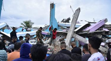FOTO: Suasana Kota Mamuju Usai Diguncang Gempa Majene