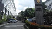 Fakultas Ilmu Sosial dan Politik (Fisipol) UGM akan menyelenggarakan riset lintas disiplin ilmu untuk membahas persoalan banyaknya petugas pemilihan umum (pemilu) yang meninggal. (Liputan6.com/ Switzy Sabandar)