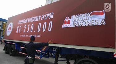Presiden Jokowi Lepas Kontainer Ekspor Mayora ke-250 Ribu