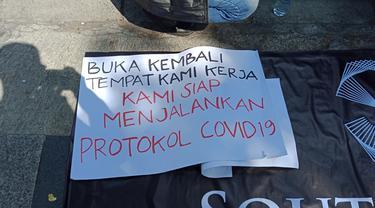 Demo Pekerja Hiburan Malam Bandung