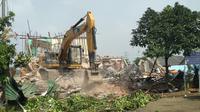 (Bangunan dan rumah warga di Jatimulya Bekasi yang dieksekusi pihak DJKA, Kamis (12/3/2020). (Liputan6.com/Bam Sinulingga)