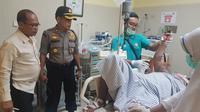 Eviana Ros mendapat perawatan intensif di RSUD Kanujoso Djatiwibowo Balikpapan usai dibakar suaminya.