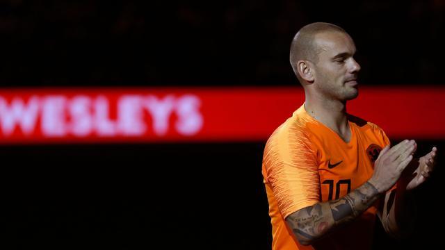 Suasana Haru Perpisahan Wesley Sneijder dengan Timnas Belanda