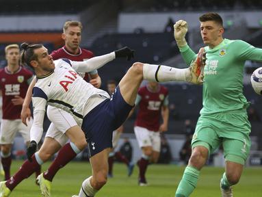 Tampil lagi sebagai stater, veteran berusia 31 tahun itu membuka pesta Tottenham pada menit kedua setelah memaksimalkan umpan Son Heung-min. (Foto: AP/Pool/Julian Finney)