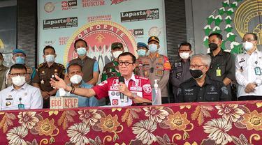 Menkumham Yasonna Laoly jumpa pers usai mengecek langsung kebakaran di Lapas Kelas I Tangerang, Rabu (8/9/2021).